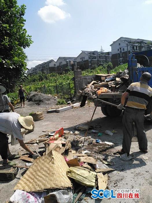 泸州市创文工作已经到了决胜阶段的冲刺阶段,红星街道大驿坝社区于7月